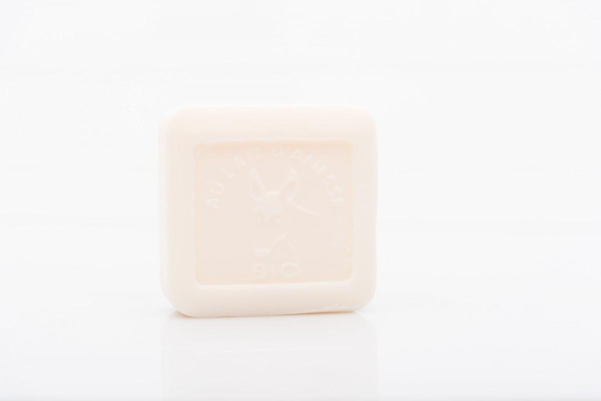 Мыло с молочком ослицы в металлической коробке 100 гр_3. vivacite.ru