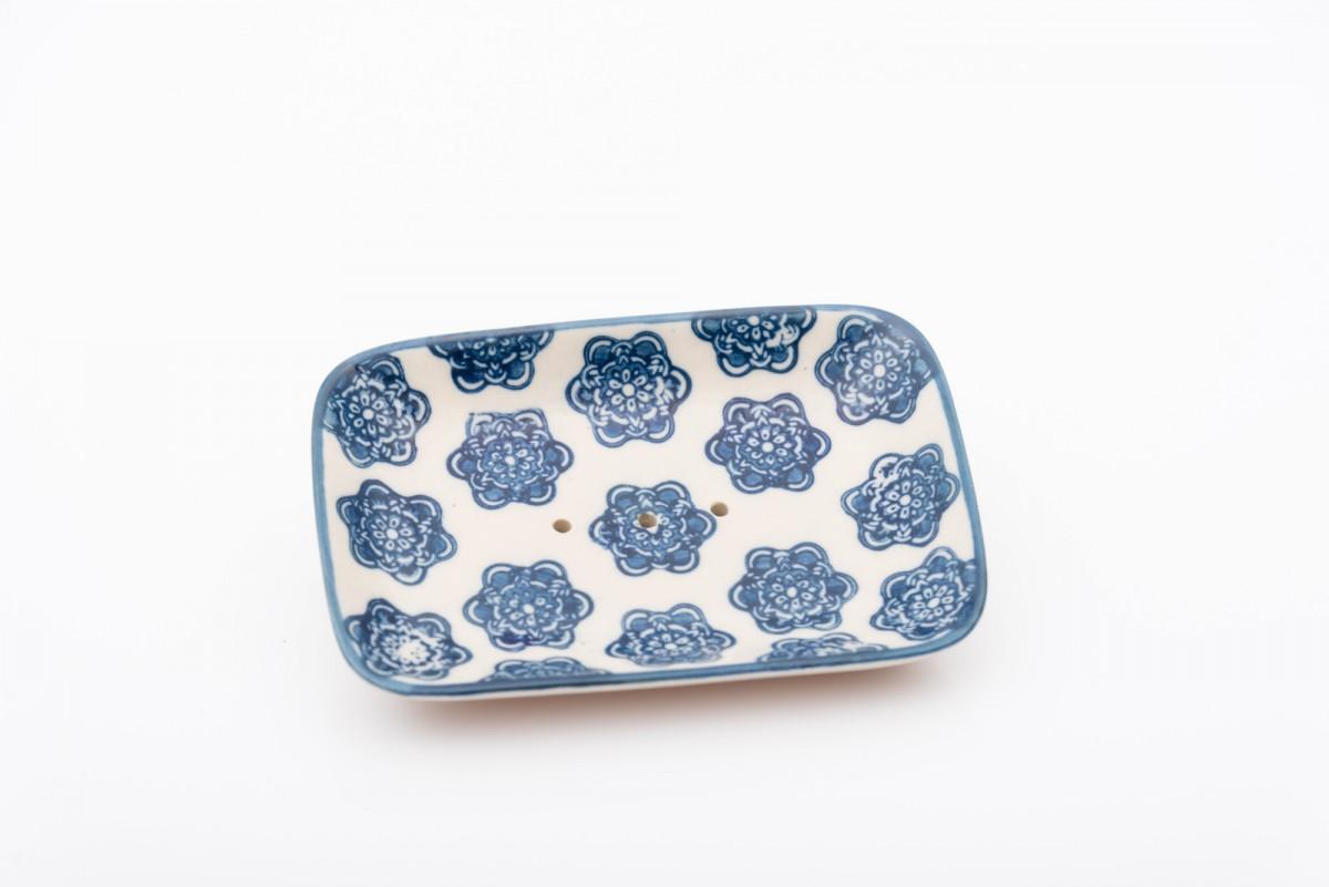Керамическая мыльница с голубым декором, прямоугольная